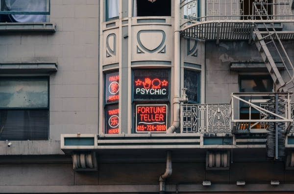 Are Psychic Readings a Diagnosis for Disaster?